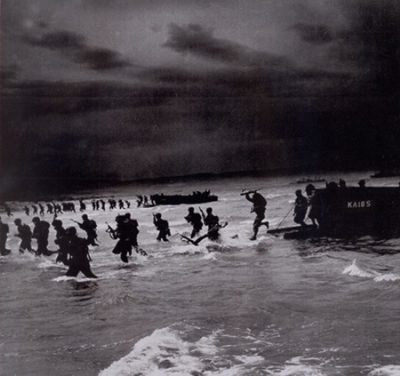 The invasion of Allied Forces in Normandy : 1944