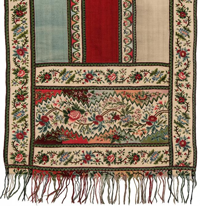 Headscarf. 1830s. Wool, weaving. 257 х 62,5. Detail. State Russian Museum